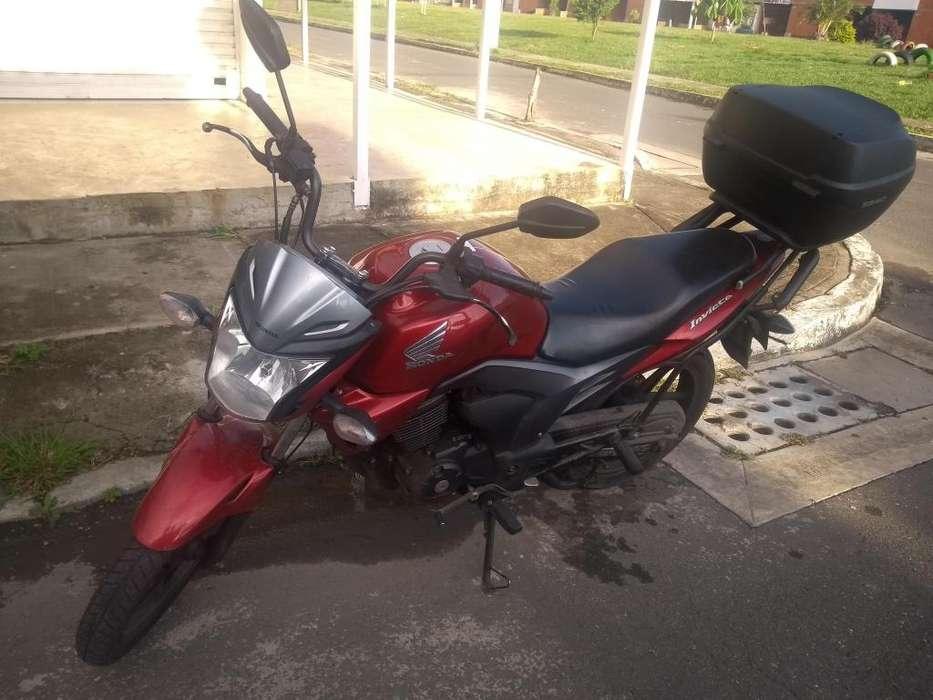 Vendo moto en muy buen estadonegociable