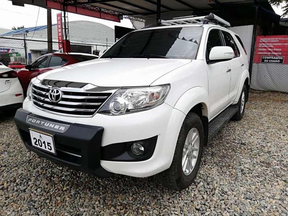 Toyota Fortuner 2015 - 69600 km