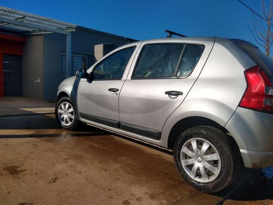 Renault Sandero 2012 - 146000 km