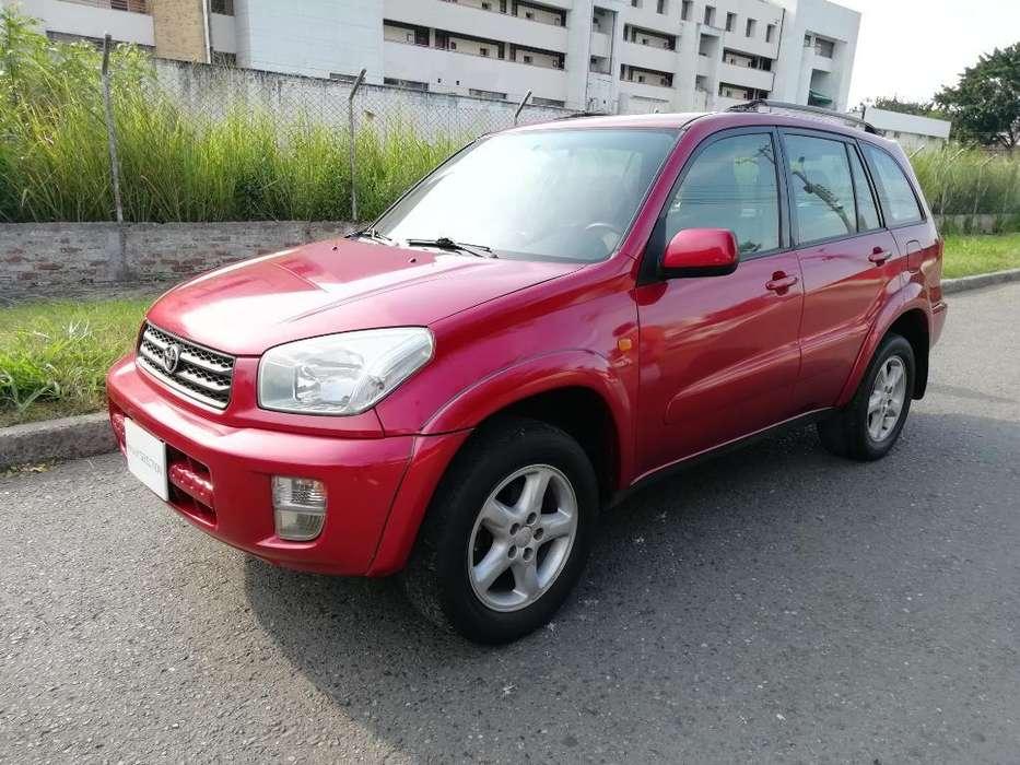 Toyota RAV4 2003 - 140000 km