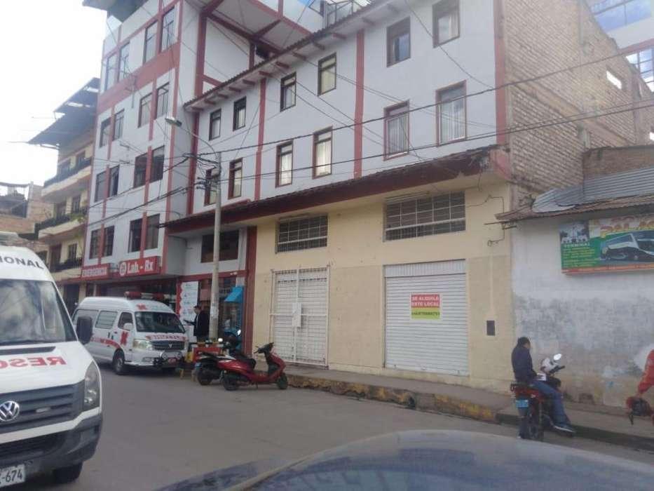 Aquiler de Excelente Local Comercial al Lado de la Clínica Limatambo