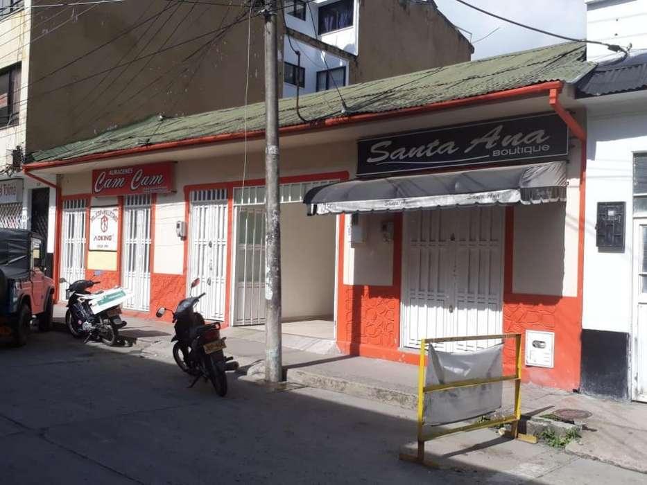Casa con <strong>local</strong>es Comerciales