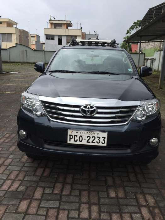 Toyota Fortuner 2015 - 69000 km