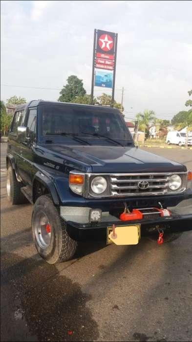 Toyota Land Cruiser 1996 - 180000 km