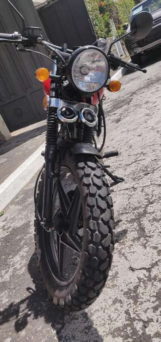 Moto <strong>honda</strong> Storm, Restaurada