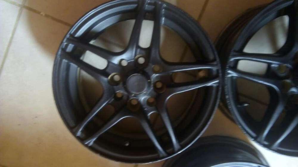 Vendo3 Llantas Multicentro Rod 13