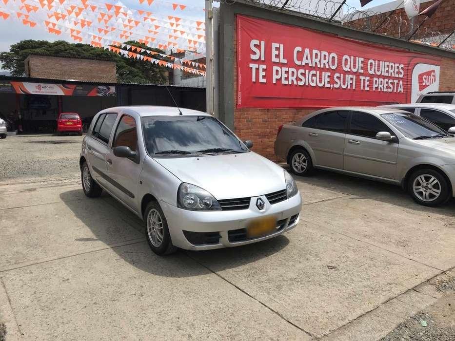 Renault Clio  2013 - 68000 km