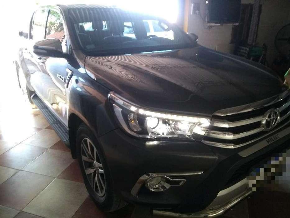 Toyota Hilux 2016 - 60000 km