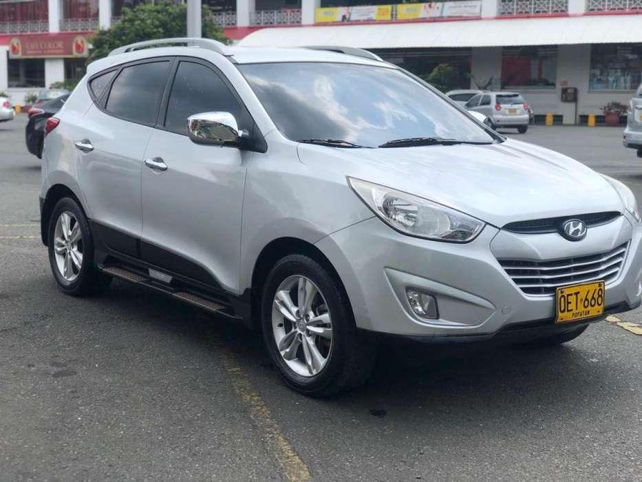 Hyundai Tucson ix-35 2012 - 40000 km