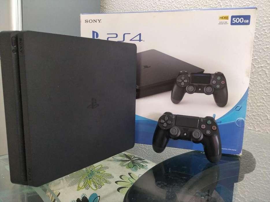 Vendo Playstation 4 Slim de 500gb 10/10