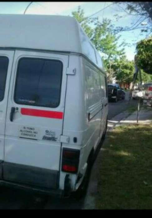 Vendo Trafic 2000 Disiel Motor1900
