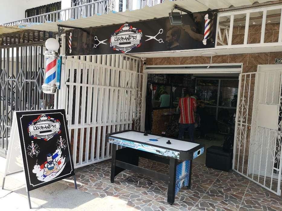 Se Necesita Barbero Barrio Primavera