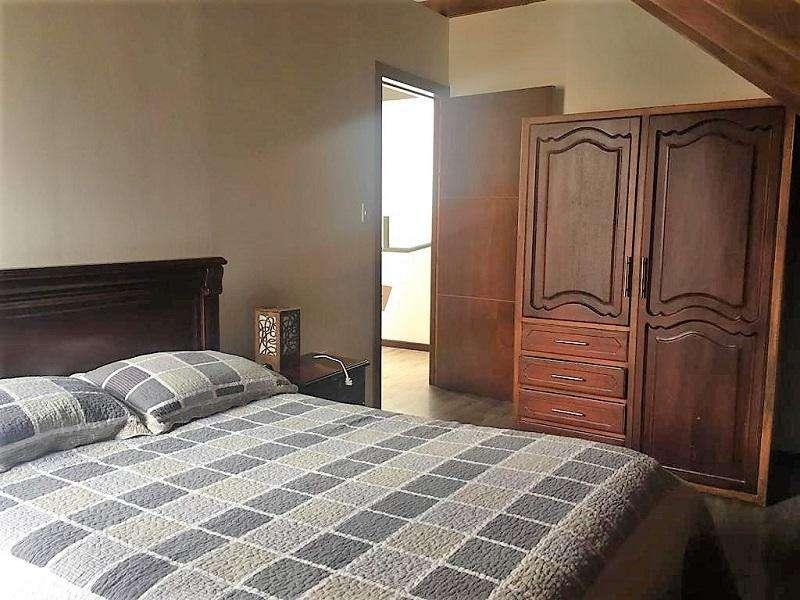 Suite Amoblada en alquiler, cerca del Supermaxi El Vergel. HABITAGE Inmobiliaria