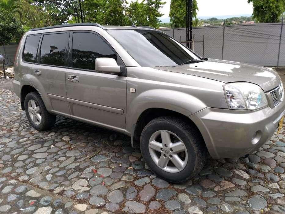 Nissan X-Trail 2006 - 137000 km