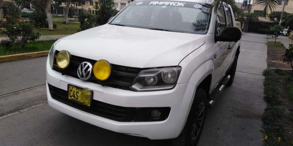 Volkswagen Amarok 2013 - 77000 km