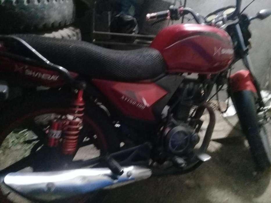 Vendo moto shineray motor 150 matricula al dia perfecto estado