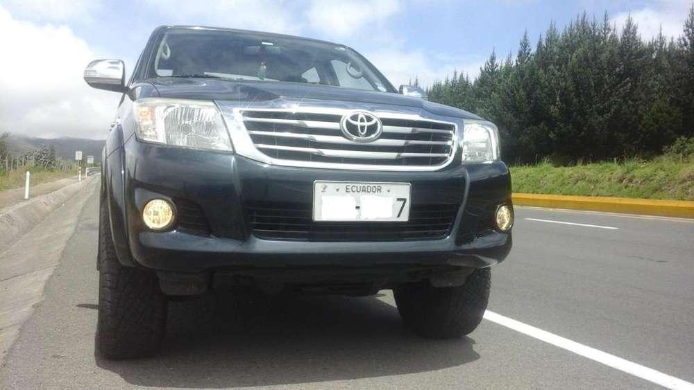 Toyota Hilux 2015 - 48190 km