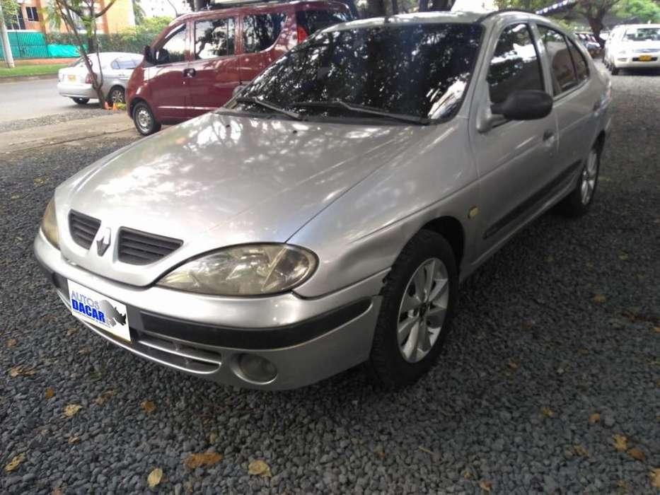Renault Megane  2004 - 160000 km