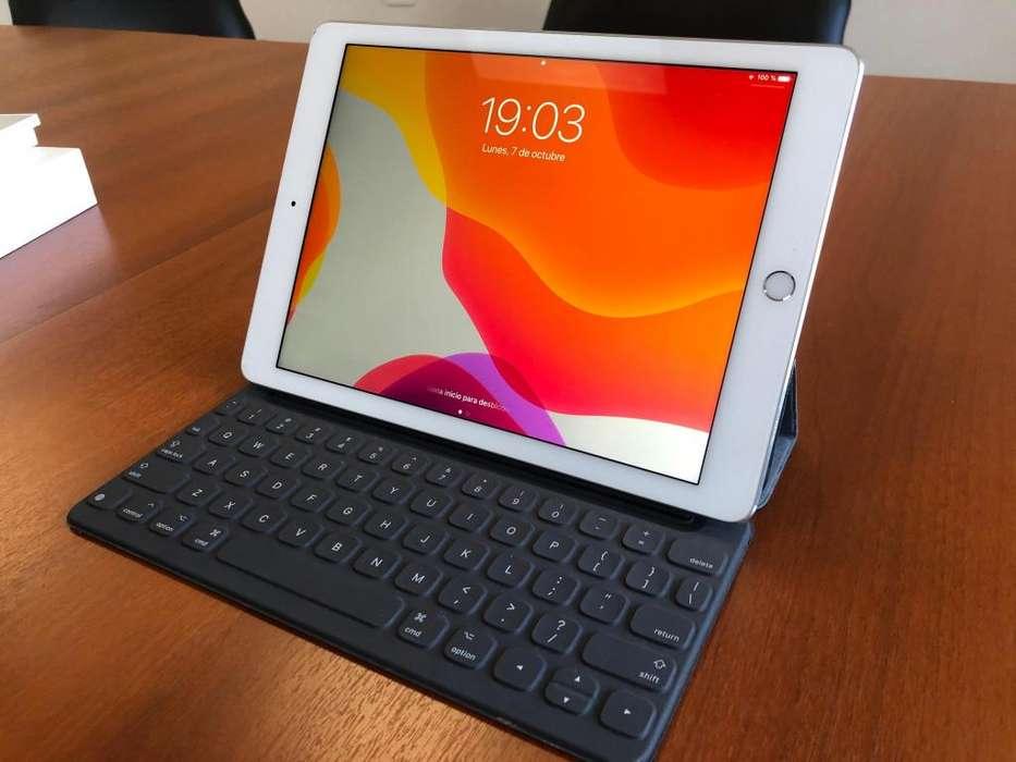 iPad Pro 9.7 32 GB son teclado y protectores Apple. Todo original y con caja. Impecable