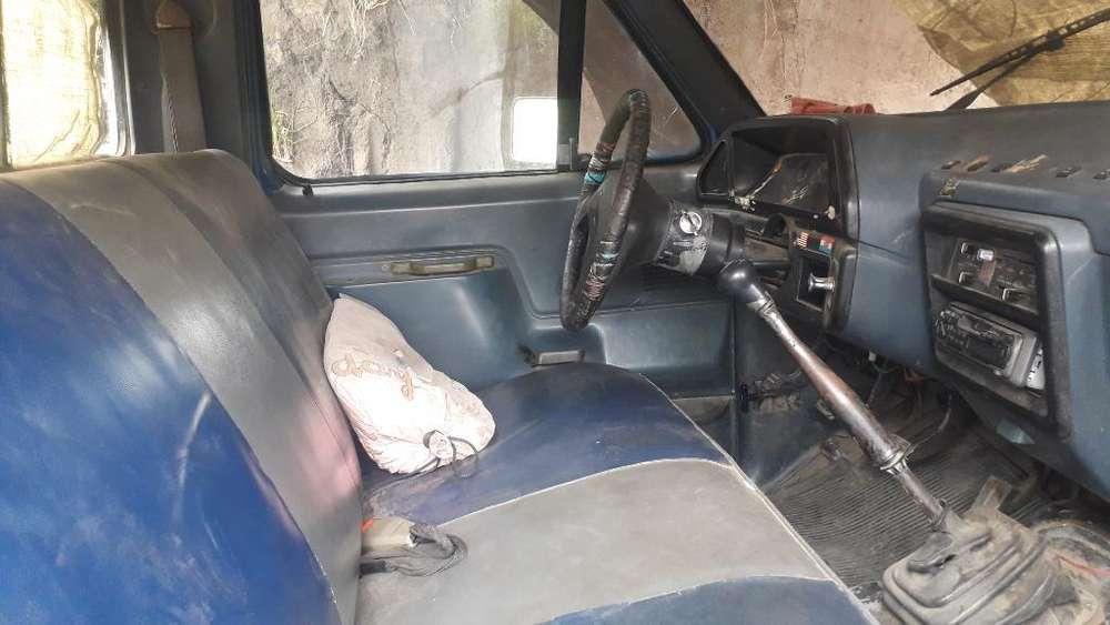 Se Vende Camiota Ford 250
