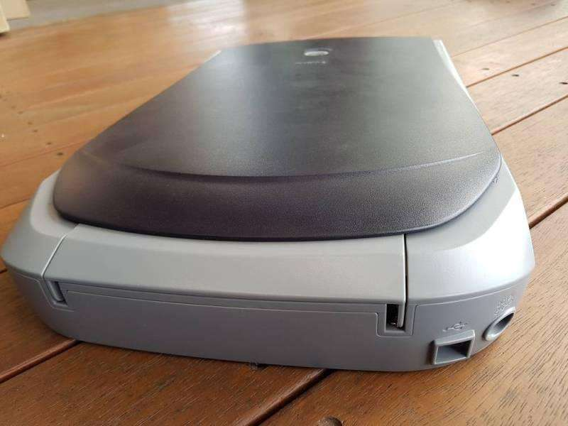 Escaner Canon CanoScan D646U ex