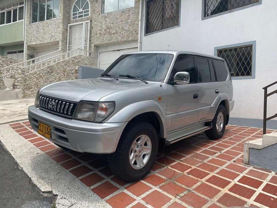 Toyota Prado 2004 - 180 km