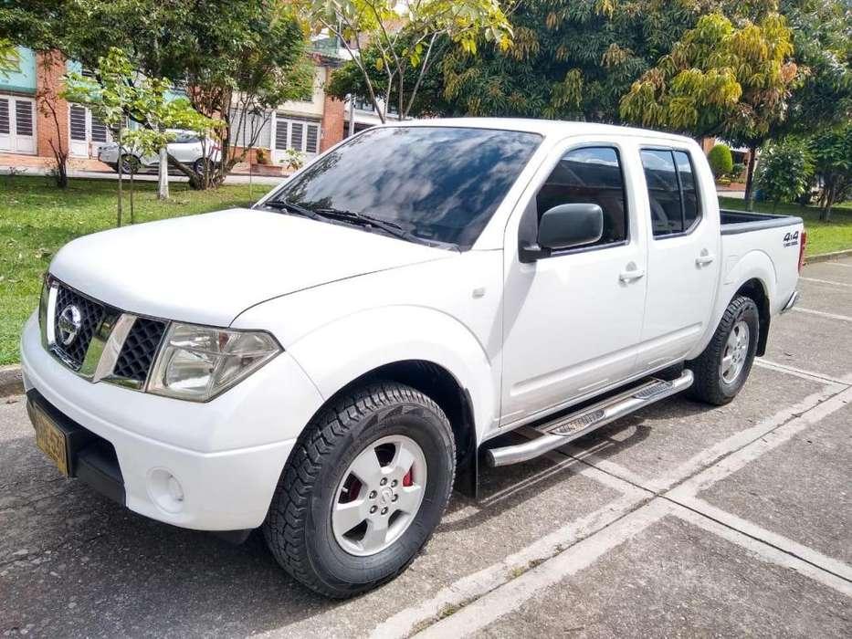 Nissan Navara  2009 - 160000 km