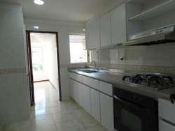Apartamento En Arriendo En Cali Santa Rosa Del Rio Cod. ABJMI8505