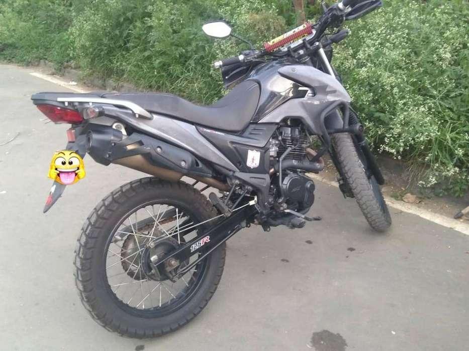 Vendo Moto Tt Akt 125