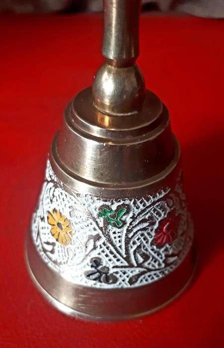 <strong>campana</strong> de bronce esmaltada tipo llamador