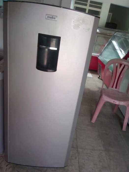 Nevera Apartamentera Mabe