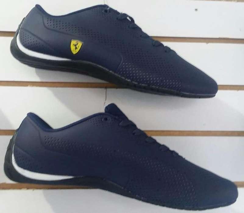 Zapatillas en oferta varios modelos a 45 dolares.