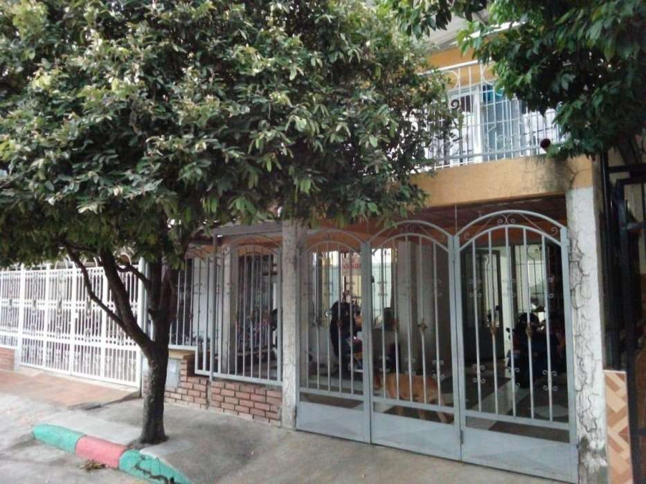 Casa Barrio Las Catleyas