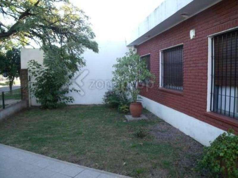 Casa en venta en Adrogue