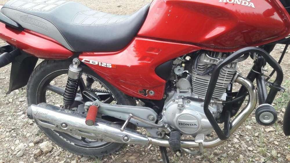 Vendo Moto Honda Cb 125e Toda Original