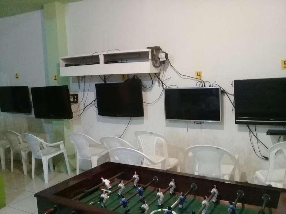 Tv de 32 Pulgas Lcd de Barias Marca