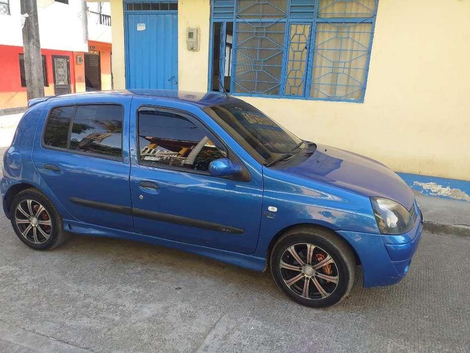 Renault Clio  2004 - 148432 km