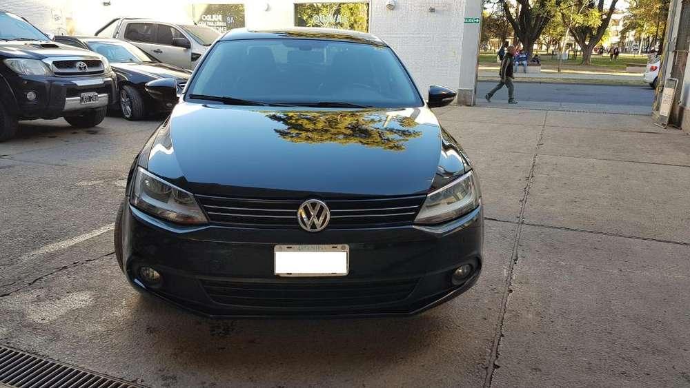 Volkswagen Vento 2011 - 130000 km