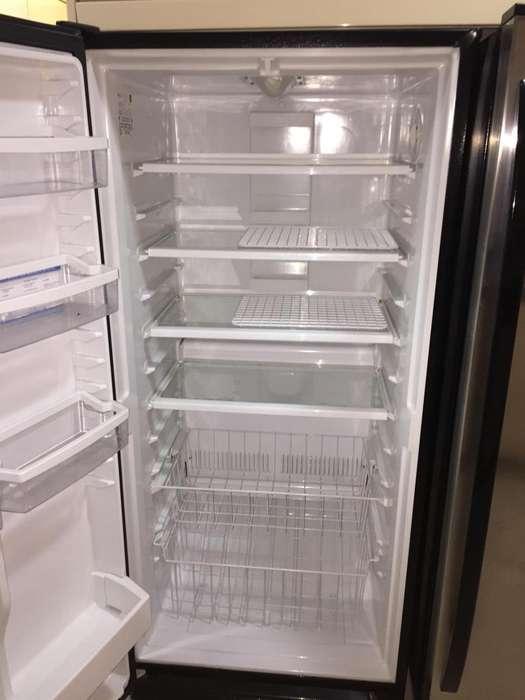 Congelador Whirpool Sidekicks 500 Litros. Excelente estado 9.5/10