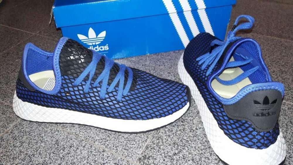 Adidas Originales sin Uso Talle 40