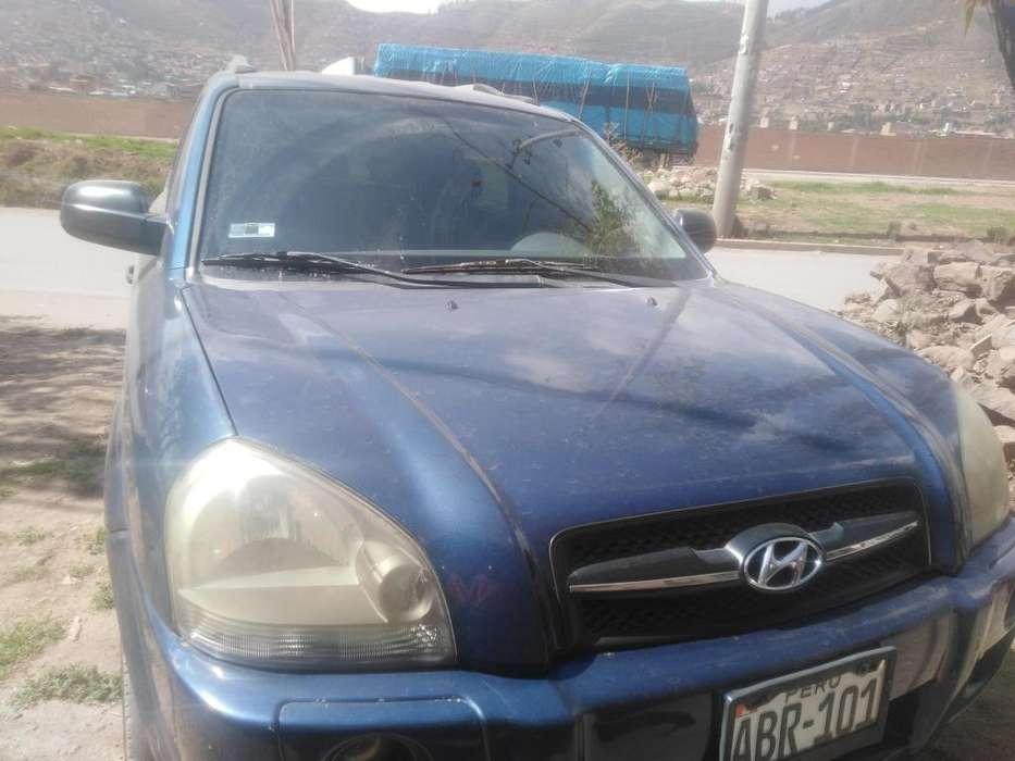 Hyundai Tucson 2004 - 180000 km
