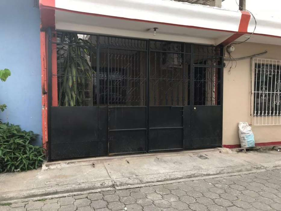 Venta de Casa En Stella Maris Sur de la <strong>ciudad</strong>