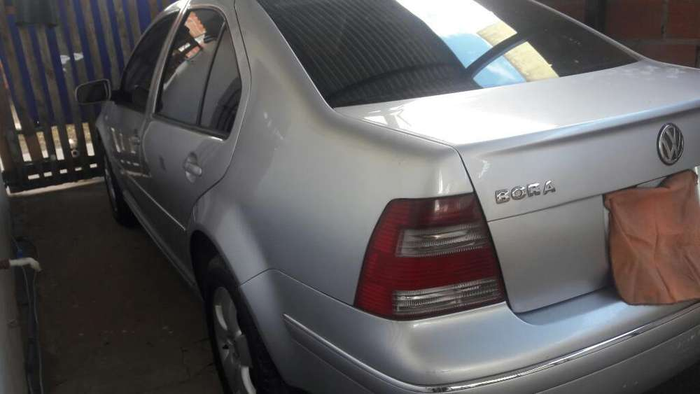 Volkswagen Bora 2006 - 155000 km