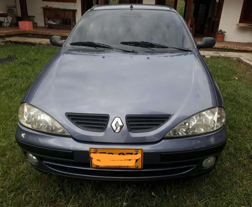 Renault Megane  2003 - 150000 km