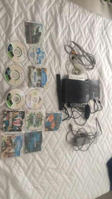 Wii con 12 Juegos , 2 Controles,