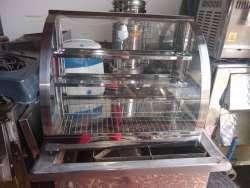 vitrina con calefacción para empanadas