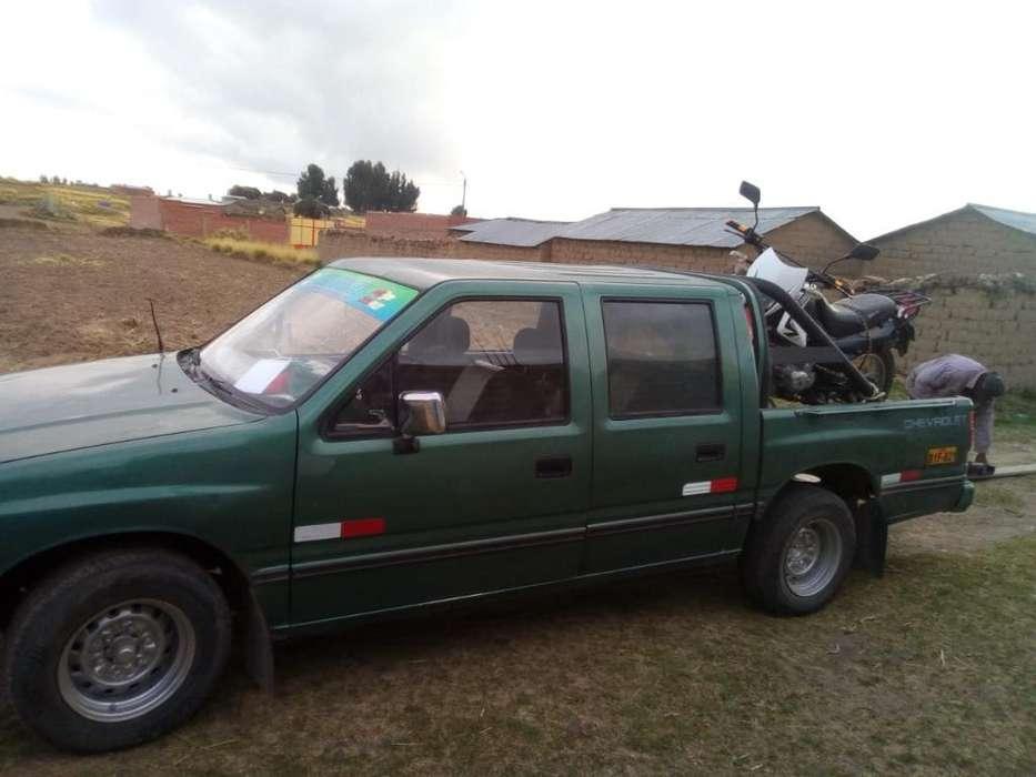 Chevrolet Luv 1998 - 1225 km
