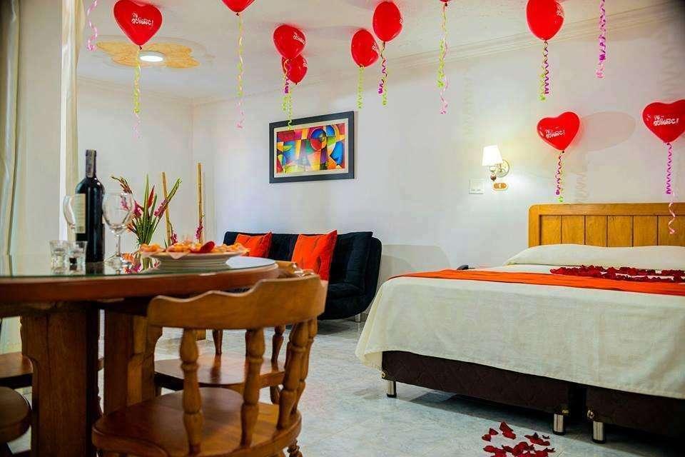 Noche Romántica en el Hotel La Luna