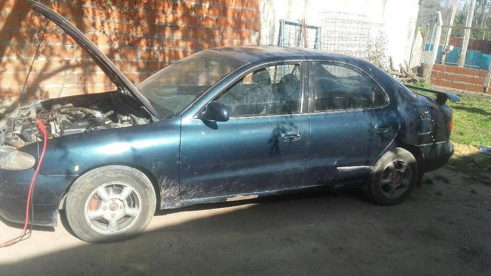 Hyundai Elantra 1999 - 1133000 km