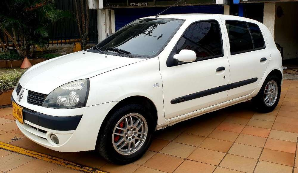 Renault Clio  2004 - 114000 km